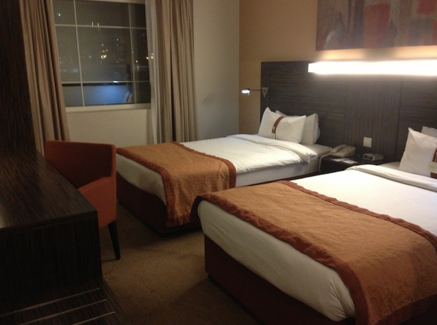 holiday-inn-express-jumeirah-dubai